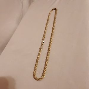Thick gold rope chain